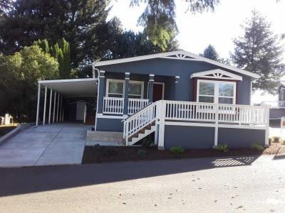 Mobile Home at 5055 N.e. Elliott Cir Space #100 Corvallis, OR 97330