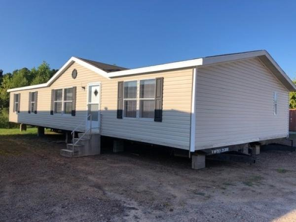 2006 WOODLAND Mobile Home For Rent