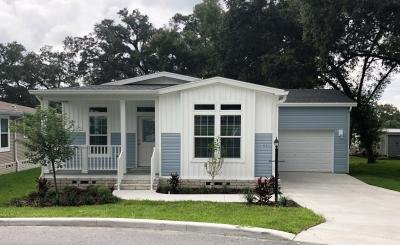 Mobile Home at 405 Crepe Myrtle Pass Lady Lake, FL 32159
