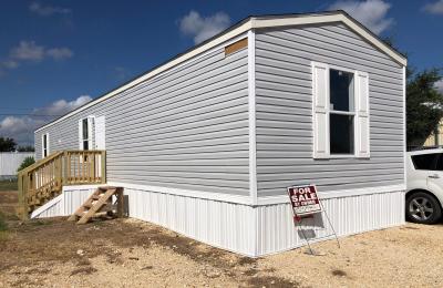 Mobile Home at 682 San Marcos Giddings, TX 78942