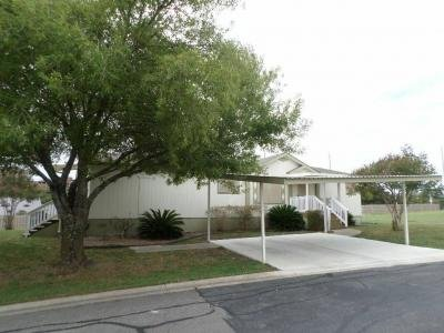 Mobile Home at 7460 Kitty Hawk Rd Site 015 Converse, TX 78109