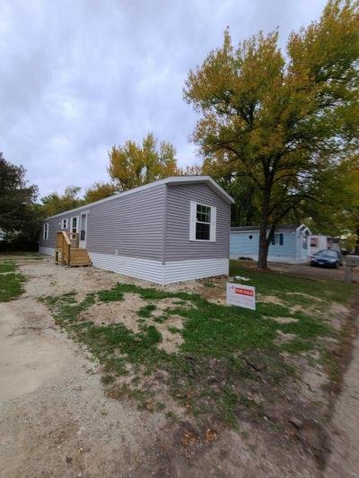 Mobile Home at 206 37Th St Sw Austin, MN 55912