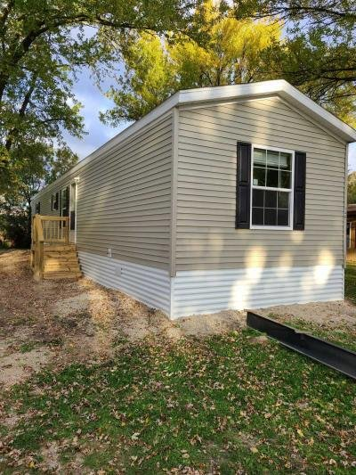 Mobile Home at 300 37th St SW Austin, MN 55912