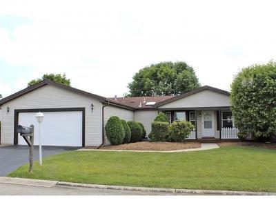Mobile Home at 7 Saratoga Court Grayslake, IL 60030