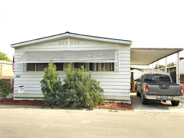 1976 Silvercrest Mobile Home For Rent