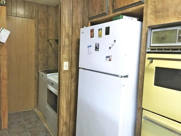 1976 Silvercrest Mobile Home For Sale
