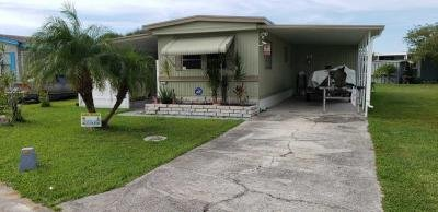 Mobile Home at 2915 Azalea Run Ln. Ruskin, FL 33570