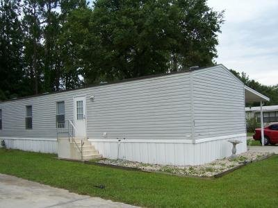 Mobile Home at 43 Imperial Dr E Mulberry, FL 33860