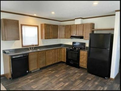 Mobile Home at 1329 South Lincoln Street Lot 17 Knoxville, IA 50138