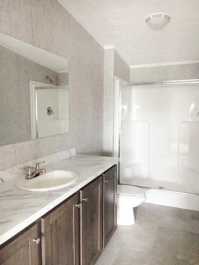 Mobile Home at 14980 Sprucevale Rd., 324 Calcutta, OH 43920