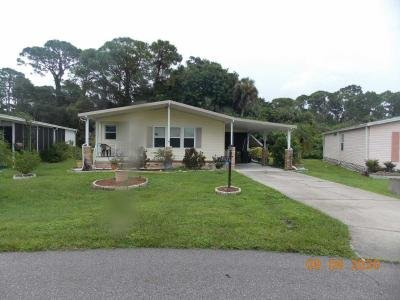 Mobile Home at 15526 Royal Coach Circle North Fort Myers, FL 33917