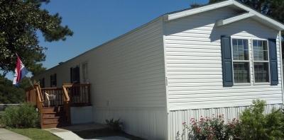 Mobile Home at 208 Shannonwood Dr Moncks Corner, SC 29461