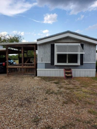 Mobile Home at 200 Holiday Rambler Dr Whitney, TX 76692