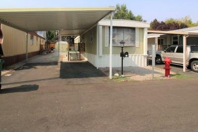 Mobile Home at 327 Lucky Ln Reno, NV 89502
