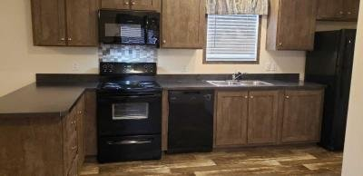Mobile Home at 917 S Kennedy Madrid, IA 50156