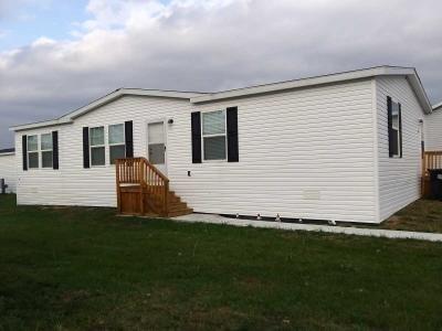 Mobile Home at 1890 Lanmark Grass Lake, MI 49240