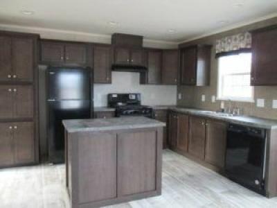 Mobile Home at 4911 Russett Muskegon, MI 49442