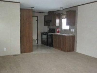 Mobile Home at 84 Southbrook Grand Rapids, MI 49548