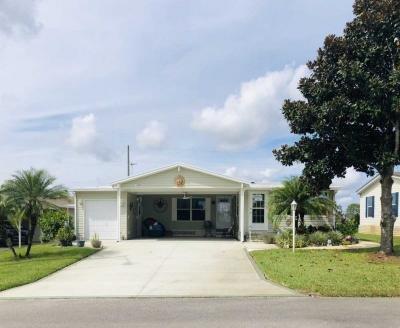 Mobile Home at 3399 Bill Sachsenmaier Mem Dr Avon Park, FL 33825