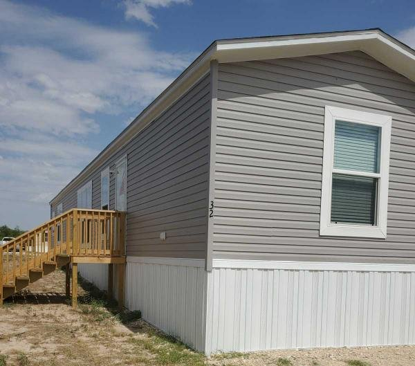 2020  Mobile Home For Sale