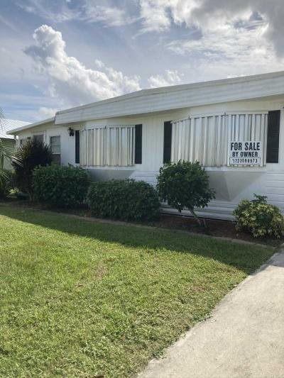 Mobile Home at 3 Guava Lane Port Saint Lucie, FL 34952
