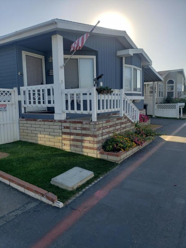 1990 Golden West Mobile Home For Rent