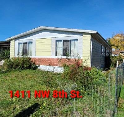 Mobile Home at 1411 8Th St Mcminnville, OR 97128