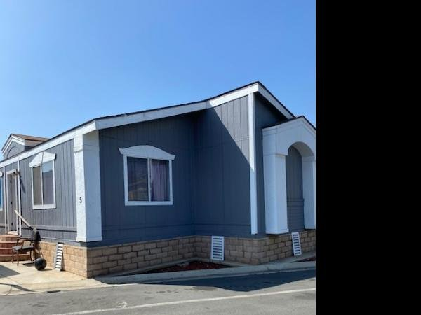 1992 Goldenwest Mobile Home For Rent
