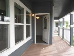 Nice front porch area