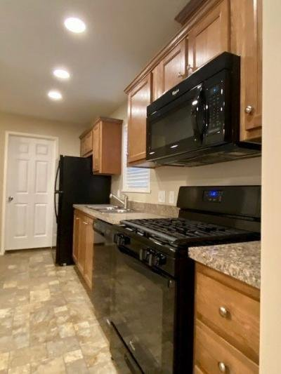 Mobile Home at 598 Courtland Lane Muskegon, MI 49442
