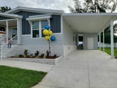 Mobile Home at 233 Laurelcrest Circle Valrico, FL 33594
