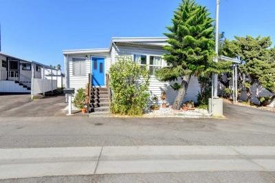 Mobile Home at 6257 Emerald Cove Dr Long Beach, CA 90803