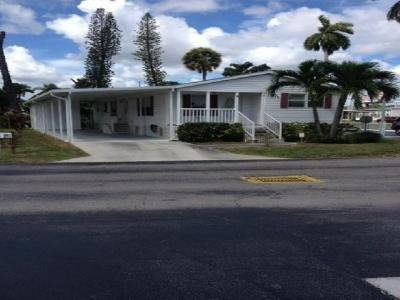 Mobile Home at 9 West Four Seasons Palm Beach Gardens, FL 33410