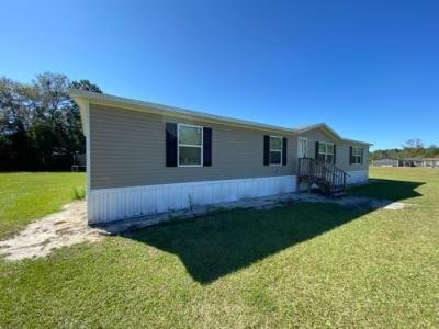 Mobile Home at 2530 Stone And Patrick Rd Varnville, SC 29944