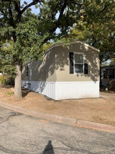 Mobile Home at 2101 Willowglen Lane Arlington, TX 76006