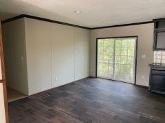 Photo 4 of 12 of home located at 1111 Florida Ave SW Denham Springs, LA 70726