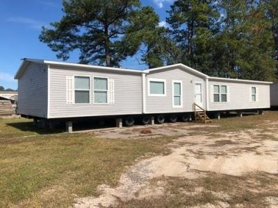 Mobile Home at 2749 Highway 69 S Lumberton, TX 77657