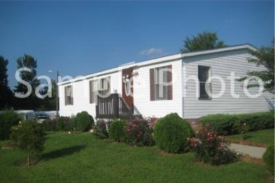 Mobile Home at 12721 W Greenway Rd Lot #117 El Mirage, AZ 85335