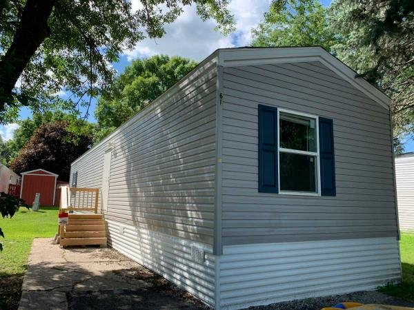 2017  Mobile Home For Rent