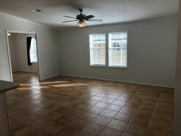 2006 oak Mobile Home For Sale