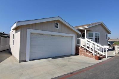 Mobile Home at 38 Pine Via Anaheim, CA 92801