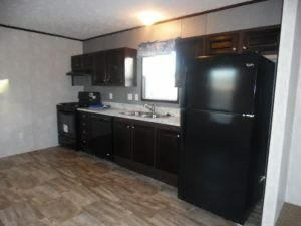 2016 fairmont Mobile Home For Rent