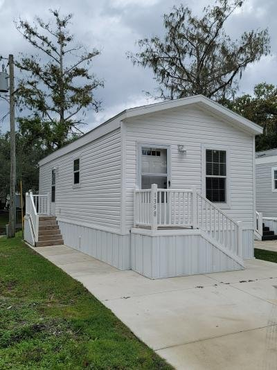 Mobile Home at 1398 Creek Cir Kissimmee, FL 34744