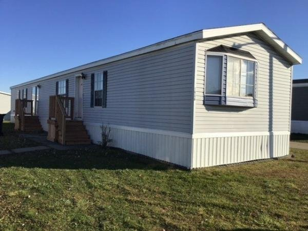 1995 REDMAN Mobile Home For Rent