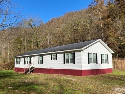 Mobile Home at 113 Caldwell Lane Clothier, WV 25047
