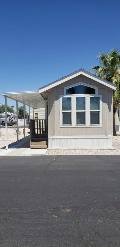 Mobile Home at 10498 N Frontage Rd Yuma, AZ 85365