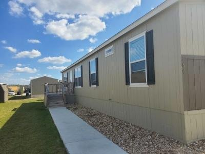 Mobile Home at 560 Bandera St. San Marcos, TX 78666