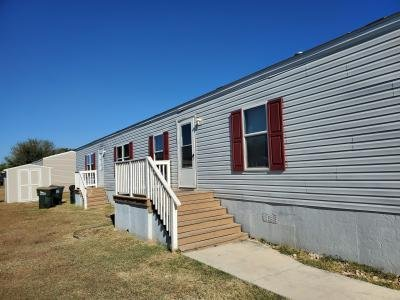 Mobile Home at 181 Bridlewood Dr San Marcos, TX 78666