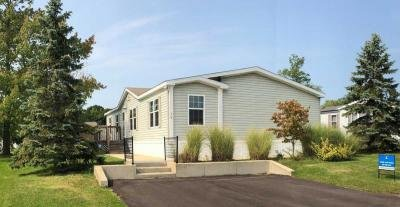 Mobile Home at 8000 Warren Woods Rd Lot#34 Three Oaks, MI 49128