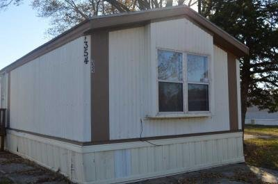 Mobile Home at 130 S Greenwich Rd Lot 354 Wichita, KS 67207